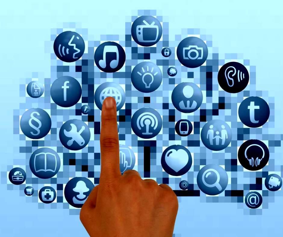 Инструменты для работы в социальных сетях